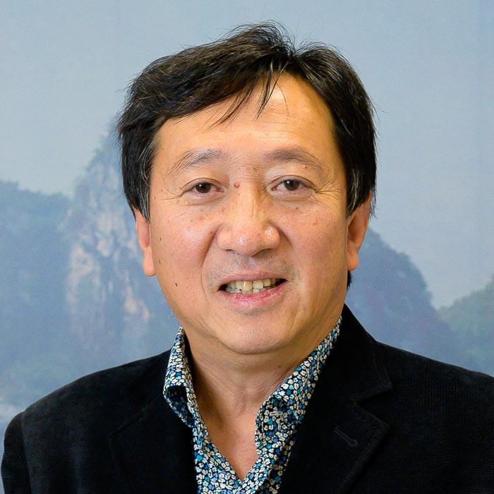 Zhigang Yang