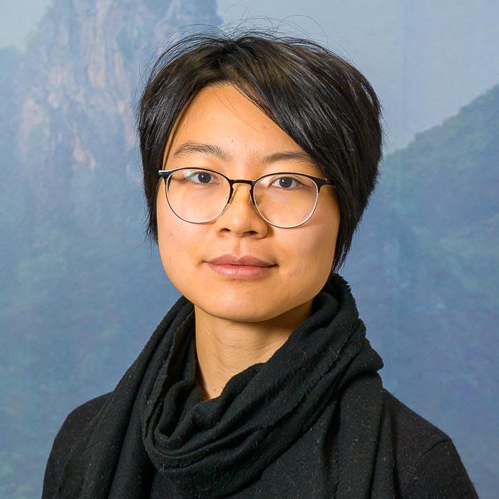 Zhi Li